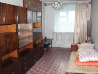 Продажа квартир: 3-комнатная квартира, Кемеровская область, Мариинск, ул. Тургенева, 35, фото 1