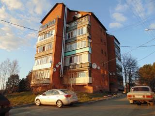 Продажа квартир: 1-комнатная квартира, Тульская область, Заокский р-н, с. Велегож, Центральная ул., 1, фото 1