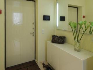 Продажа квартир: 1-комнатная квартира, Краснодарский край, Сочи, ул. Конституции СССР, 10, фото 1