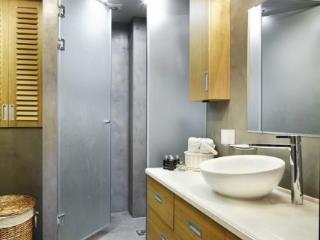 Продажа квартир: 3-комнатная квартира, Краснодарский край, Сочи, ул. Богдана Хмельницкого, 33, фото 1