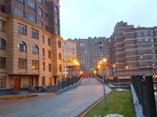Продажа квартир: 1-комнатная квартира, Московская область, Химки, ул. Германа Титова, 2к2, фото 1