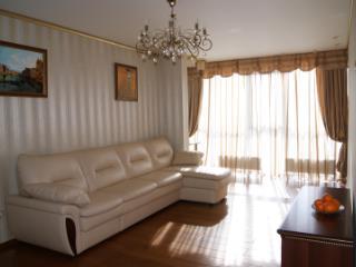 Продажа квартир: 2-комнатная квартира, Краснодар, ул. Новицкого, фото 1