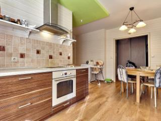Продажа квартир: 3-комнатная квартира, Краснодар, Карасунская Набережная ул., 123, фото 1