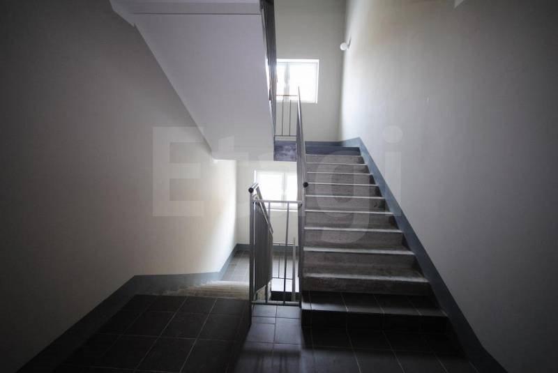 Продажа квартир: 2-комнатная квартира, Тюменская область, Ялуторовск, ул. Менделеева, 5, фото 1