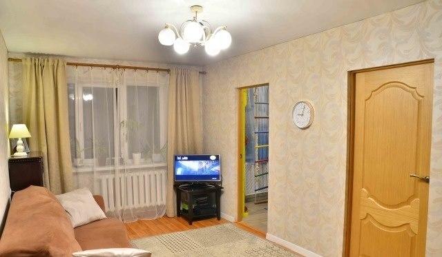 Продажа квартир: 4-комнатная квартира, Калининград, ул. Памяти павших в Афганистане, 9-15, фото 1