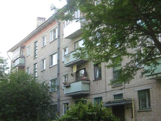 Продажа квартир: 2-комнатная квартира, Калужская область, Обнинск, ул. Красных Зорь, 11а, фото 1