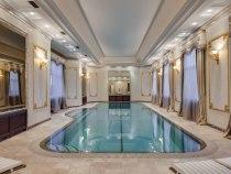 Рекорд нарынке аренды: на Рублевке сдается дом за5,4 млн рублей вмесяц