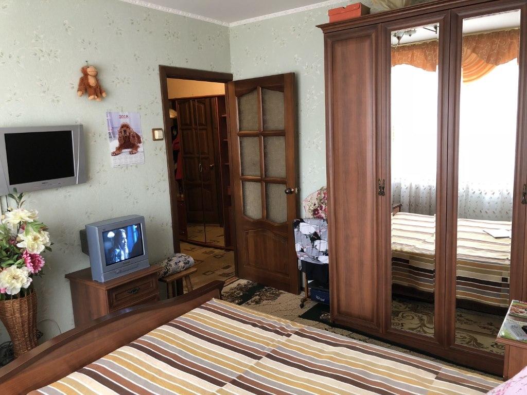 Продается двухкомнатная квартира за 3 300 000 рублей. Московская обл, г Дмитров, мкр им А.Маркова.