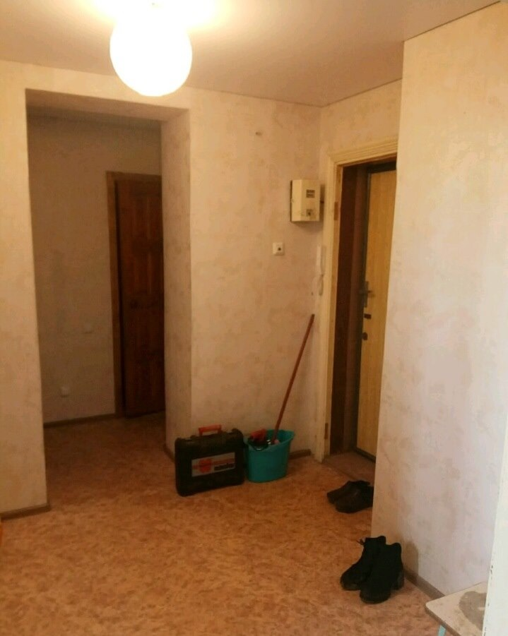 Продается двухкомнатная квартира за 1 950 000 рублей. Саратовская обл, г Энгельс, ул Одесская, д 83.