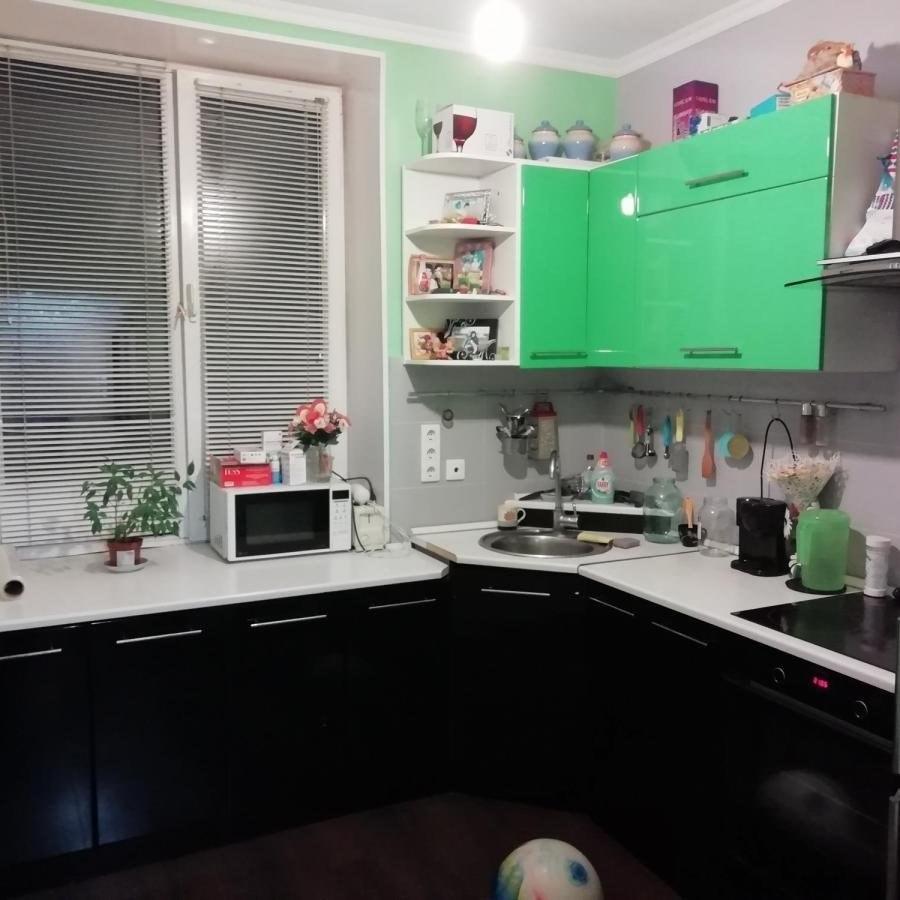 Продается двухкомнатная квартира за 3 090 000 рублей. г Красноярск, ул Ползунова, д 14.