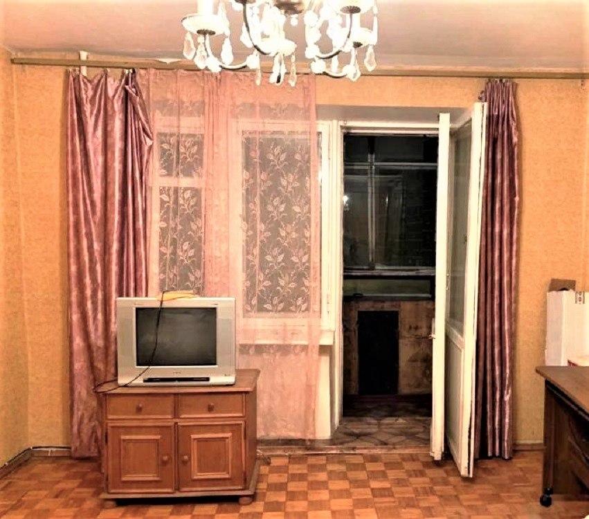 Продается двухкомнатная квартира за 3 600 000 рублей. Московская обл, г Чехов, ул Чехова, д 12.